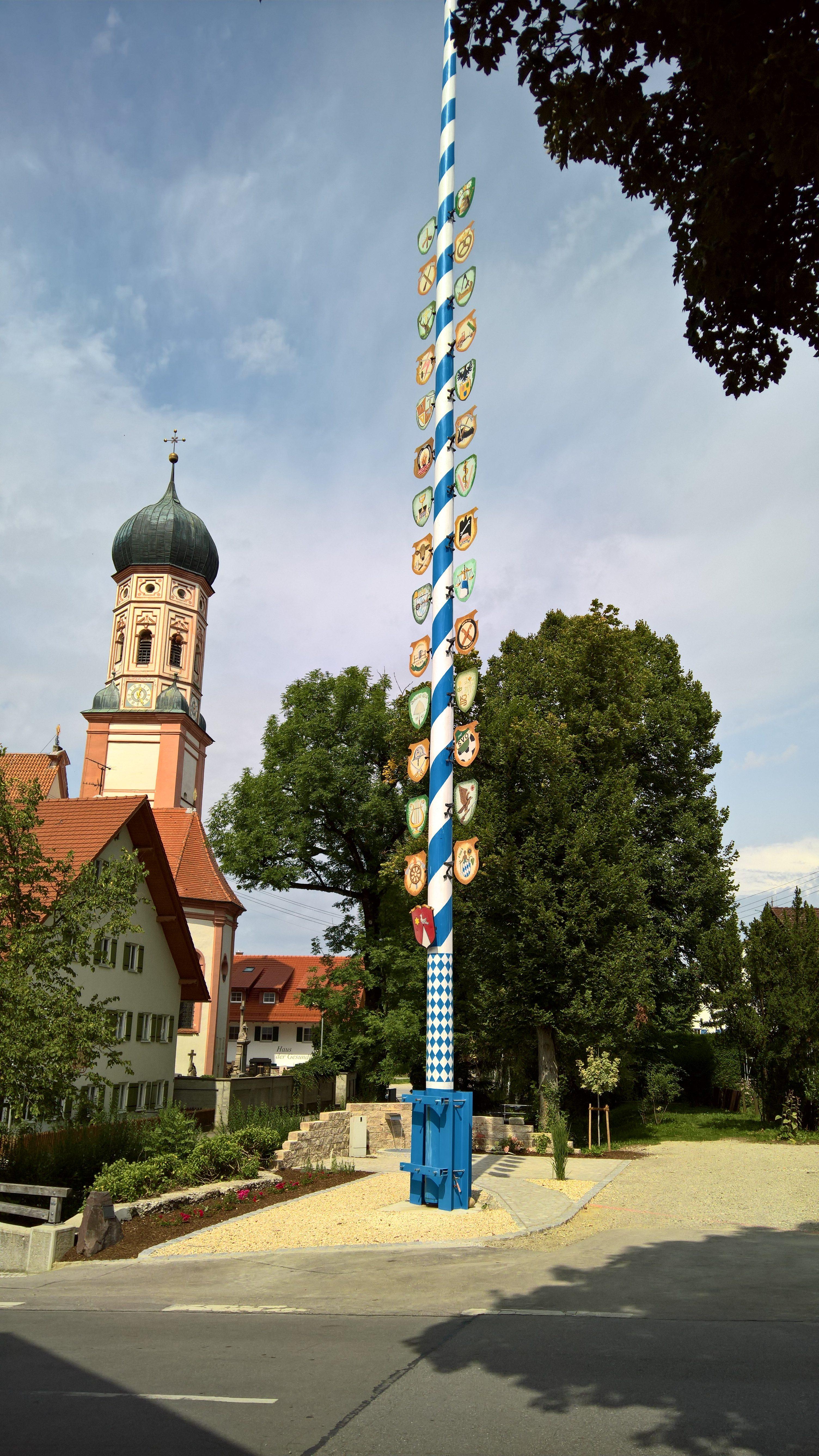 Maibaum Oberostendorf