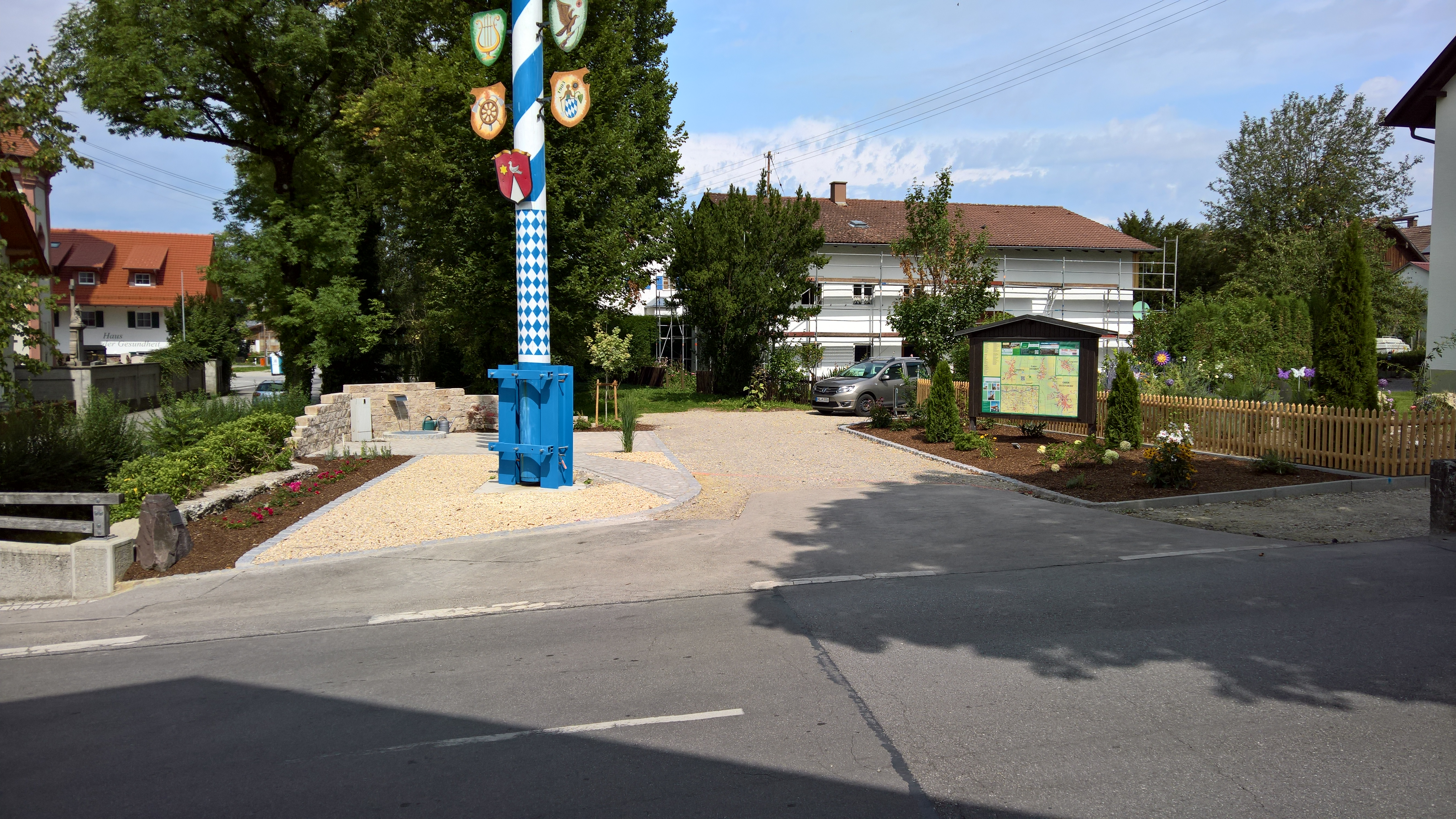 Maibaumplatz Oberostendorf